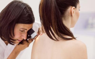 Dermatoscopia: di cosa si tratta e a quale studio dermatologico rivolgersi