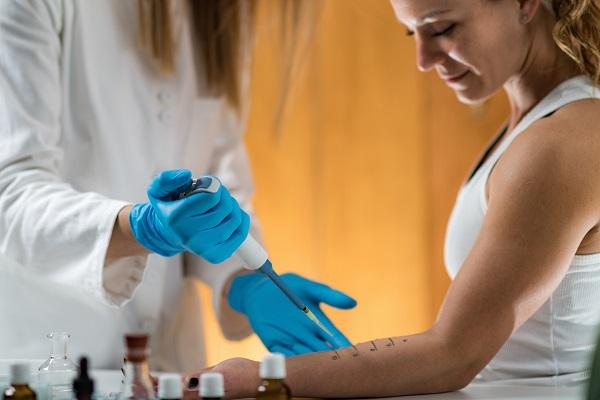 Gli specialisti in allergologia a Milano dello Studio Dermatologico Bianchi si prendono cura delle vostre allergie